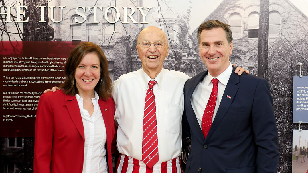 From left: Hannah Buxbaum, Honorable PA Mack, Jr., and Lee Feinstein (Founding Dean).
